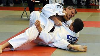 800 judofantaster till Helsingborg