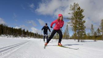 I Sverige finder man nogle af de fineste langrendsspor, og en række nyheder hos de svenske skidestinationer vil nu gøre det endnu sjovere og mere oplevelsesrigt at spænde de smalle ski på fødderne. Foto: Idre Fjäll