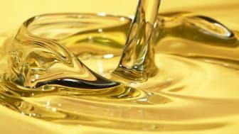 Uusi erittäin tehokas puhdistusaine hydrauliikka- ja kiertovoitelujärjestelmiin