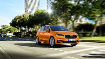 Den nye ŠKODA FABIA Hatchback har vokseværk, så den nu er over fire meter lang og er klassens mest rummelige.