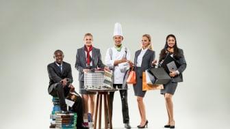 Företag anställer för nya positioner