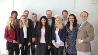 JIBS-studenter mottog stipendier från stiftelse i Jönköping