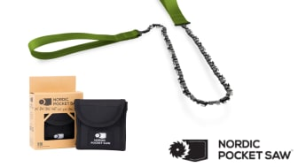 Billede ovenfor: Originalversionen af Nordic Pocket Saw med grønne håndtag og taske.