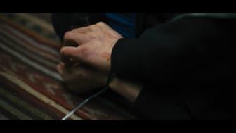 Screenshot fra Asger B's nye musikvideo 'Syg industri' 3