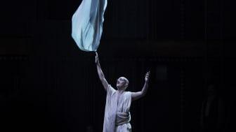 Satyagraha på Folkoperan i samarbete med Cirkus Cirkör