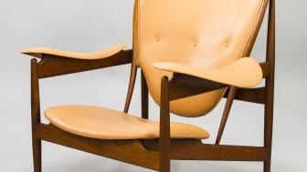 Ikoniska hövdingstolen av Finn Juhl på Helsinki Design Sale