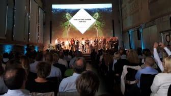 De 16 veikartene svarte for seg under Næringslivets klimakonferanse 24. juni. På vegne av Grønn Byggallianse og Norsk Eiendom, gjorde daglig leder i Grønn Byggallianse, Katharina Th. Bramslev, opp status for Eiendomssektorens veikart mot 2050.