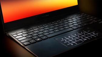 ASUS ZenBook Flip S (UX371) - (5)