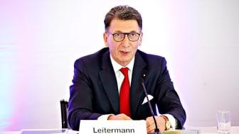 Zufrieden mit dem geschäftsjahr 2019: Ulrich Leitermann, Vorsitzender der Vorstände der SIGNAL IDUNA Gruppe.