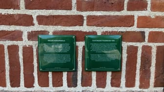 Skyltar vid Borgarskolan