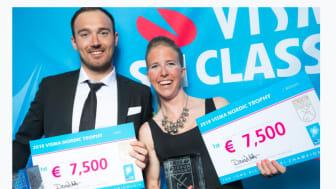 LYKKELIGE VINNERE: Astrid Øyre Slind og Andreas Nygaard vant det prestisjefylte trofeet etter helgens sesongavslutning i Visma Ski Classics