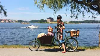 I Karlskrona finns många cykelvägar precis vid havet.