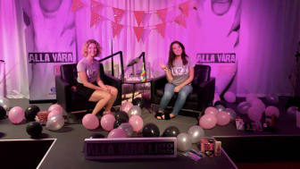 Amanda och Anna på scen