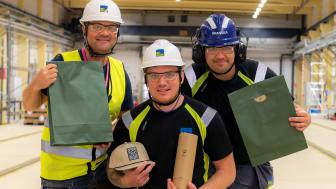 Jonas Davidsson, Daniel Gunnarsson och Daniel Gustafsson - vinnare i BoKloks medarbetartävling under årets Safety Week.