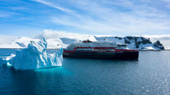 As a result of the extraordinary situation, Hurtigruten has extended the temporary suspension of operationsworldwide. Hurtigruten has not had any confirmed or suspected cases of COVID-19 on any ships. Photo: Dan Avila / Hurtigruten