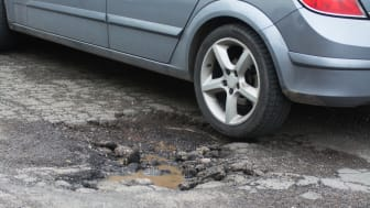 More than half a million potholes reported to councils in 2017