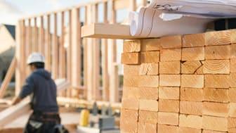 Det är högt tryck på bygglovsansökningar i vår.   Foto: Getty Images