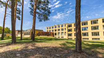 Die ehemalige Bundesschule des Allgemeinen Deutschen Gewerkschaftsbundes in Bernau (TMB-Fotoarchiv/Steffen Lehmann)