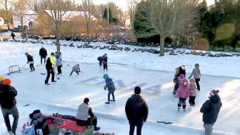 Finja DIY – Bygg isbana med murblock för hockey och skridskoåkning