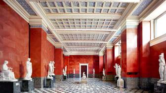 Hermitage St. Petersburg VIII 2014. Copyright Candida Höfef_VG Bild-Kunst, Bonn