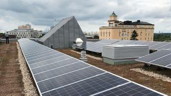 KTH 43:25, Hållbarhetshuset. Solpaneler på tak. Foto: Mats Duvnäs, AIX.