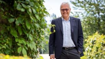 Baard Haugen (63) er ansatt i stillingen  Group CFO i NHST Media Group AS.