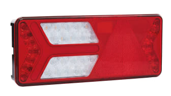 The Ermax tail light is made of polycarbonate with an impact resistant 17 times higher than that of conventional acrylic or ABS used in the automotive industry.