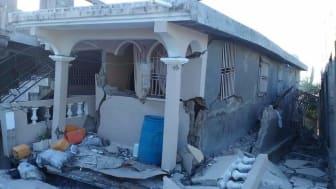 En förödande jordbävning drabbade Haiti den 14 augusti. Frälsningsarmén finns på plats med humanitärt arbete och stöd. Foto: Frälsningsarmén