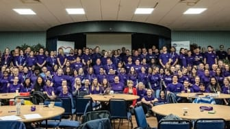 Over 250 Mondelēz International employees volunteered at local good causes in the area