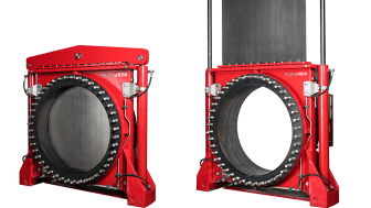 The innovation brought by Flowrox eliminates the knife gate valve's cylinder tower and instead repositions two actuator cylinders to each side of the valve.