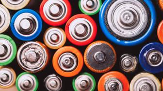 Återvinningen av laddningsbara hydridbatterier kan bli enklare med en ny metod, enligt en ny studie. Laddningsbara batterier finns av olika sorter, stora som små, och metoden är användbar för alla typer av NiMH-batterier. Foto: Paninastock/Mostphotos