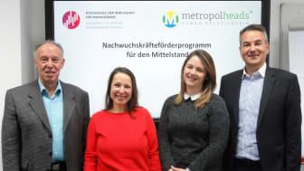 (v.li.): Prof. Dr. Michael Nagy, Dr. Mareike Martini, Yasmin Köhler, Roman Neuner. Foto: Janina Reichert.
