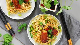 Kung Markattas Tempeh är vegansk och glutenfri. Precis som tofu är tempeh ett bra alternativ till kött, med sin fina textur och en mjuk, nötaktig smak.  Foto: Lina Abrahamsson