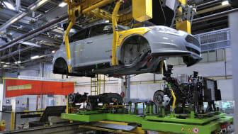 Produktionen av Ford Focus Electric inleds i Europa – den första helt elektriska Ford-bilen byggd i Europa rullar snart ut från fabriken