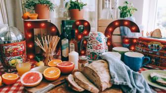Sicily is my Love heter samarbetet mellan Smeg och Dolce&Gabbana, som består av färgglada produkter dekorerade med citroner och andra sicilianska motiv. Foto: Agnes Maltesdotter