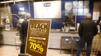 Många kunder besökte JYSK under helgen, men på ett ansvarsfullt sätt.