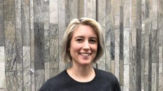 Regissören Julia Thelin får Region Skånes kortfilmspris 2018 för filmen Brottas. Foto: Region Skånes kulturförvaltning