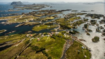 Thousands of islands, islets and skerries are scattered along Norway's Western coast. Photo: Kieran Kolle