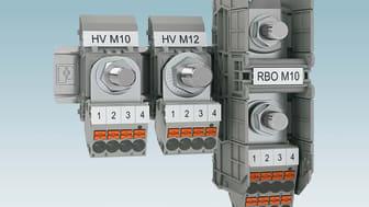 Uttagsplint AGK PT monterade på kabelskoplintarna HV... och RBO...