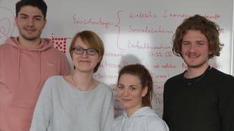 (v.li.): Max Haider, Clarissa Prestel, Johanna Sandtner und Frederik Terré. Foto: Franz Motzko