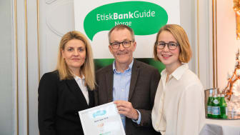 Fra lansering og prisutdeling på Hotell Continental 28. januar 2019. Fra venstre: Inger Lise Blyverket, direktør i Forbrukerrådet, Kjell Fredrik Løvold, banksjef i Cultura Bank og Anja Bakken Riise, leder for Framtiden i våre hender.