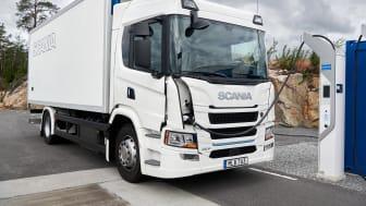Der erste vollelektrische Scania ist wahlweise mit 5 oder 9 Batterien erhältlich.