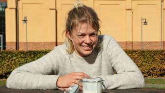 Line Hellström, nyutexaminerad gastronom som kartlagt en spontanfermenterad unik gårdskultur.