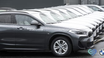 BMW tillför fler bilar för smittofri transport för vårdpersonal