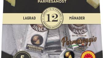 Portionsförpackade Parmesanbitar fungerar bra som mellanmål för både barn och vuxna.