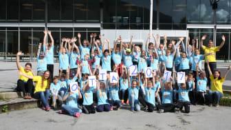 50 realfagsinteresserte elever deltok på Forskerfabrikk på Otta i sommer. Norconsult Otta var stolt sponsor. (Foto: Forskerfabrikken)