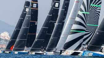 Competitors of the 52 SUPER SERIES
