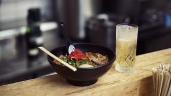 Ät ramen som i japan - med en whisky highball