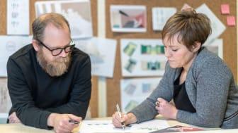 Carl Liljeblad och Hanna Börjesson i arbetet med SBN18, Foto: Ola Hedin