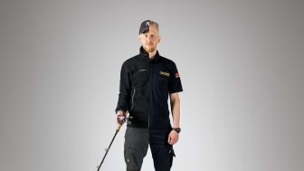 Tommie, 36, började sin karriär som brandman. Efter många år i branschen är det nu hans tur att utbilda Securitas brandmän och nya instruktörer i beredskap och akut omhändertagande. Foto: Securitas Sverige AB.